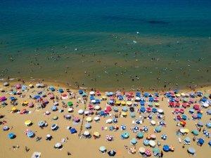 'İstanbul'un 81 plajı da denize girmek için uygun'