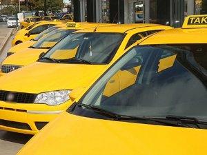 1.7 milyon liralık taksi plakası 875 bin liradan satışa sunulacak