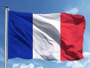 Fransa, uçak biletlerinden çevre için vergi alacak