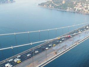 FSM Köprüsü'ndeki asfalt çalışmasında son durum havadan görüntülendi