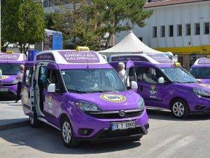 Çorum'da engelliler için 'mor taksi' uygulaması