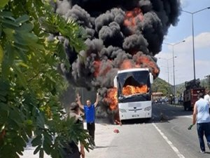 Balıkesir'de otobüs faciası! Alev topuna döndü:5 ölü, 17 yaralı