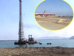 Filyos Limanı'nda rıhtım kazıkları çakılıyor