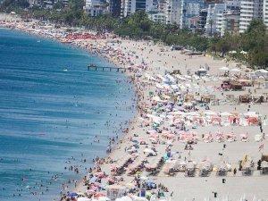 Antalya'ya gelen turist sayısında tüm zamanların rekoru kırıldı