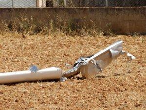 İspanya'da helikopter ile uçak havada çarpıştı