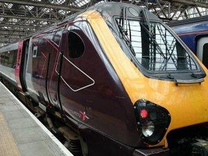 İngiltere'nin hızlı tren projesi rötar yaptı