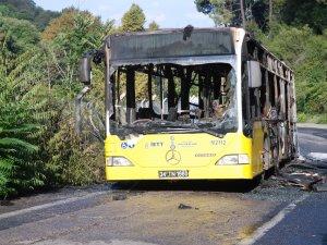Beykoz'da İETT otobüsü yandı