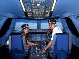 Emirates, Dubai Mall'da yeni havacılık deneyimlerini lanse etti