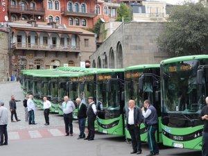 Anadolu Isuzu, midibüs ihracatında rekora imza attı