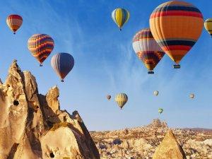 Kapadokya'da balon uçuşlarına yoğun ilgi