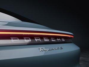 Porsche, Taycan 4S modelini ürün gamına ekledi