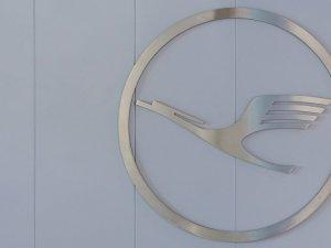 Lufthansa'da kabin personeli grevi genişliyor