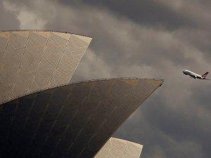Yolcu uçağıyla 19 saat kesintisiz uçuş rekoru