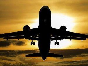 Tel Aviv'den Riyad'a giden 'gizemli uçak' tartışma yarattı