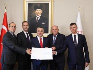 TürkAkım Projesi'nde doğalgaz taşımacılığı işletme ruhsatı teslim edildi