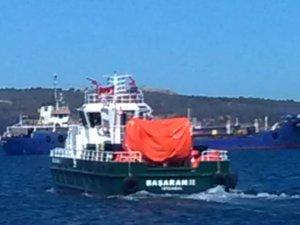 Aliağa'da denizdeki petrol kirliliğini Başaran Gemi temizledi