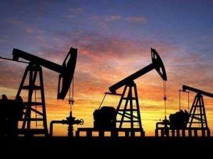 İran'da 53 milyar varil petrol rezervi keşfedildi