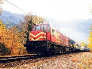 """Türk demiryollarına """"özel tren"""" geliyor"""