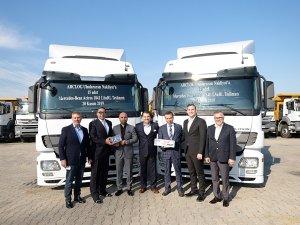 TruckStore, ARCLOG Uluslararası Nakliyat'a 15 adet çekici teslim etti