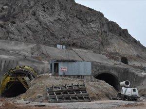Kop Tüneli'nde çalışmalar hızlandı
