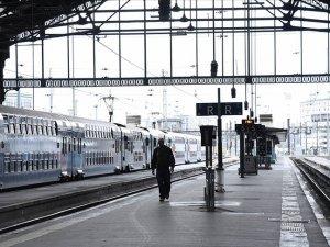 Fransa'da 5-8 Aralık'ta tren bileti satılmayacak