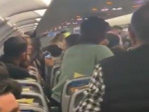 Pegasus uçağında büyük panik yaşandı