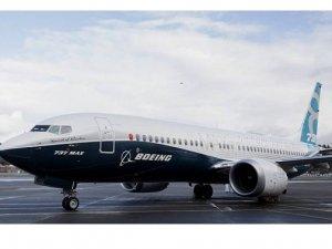 Boeing'in teslimatları 737 MAX nedeniyle yarı yarıya azaldı