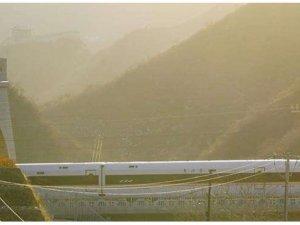 Çin aynı günde 3 hızlı tren hattını hizmete açtı