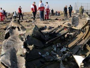 İran, Ukrayna Havayollarına ait uçağı 'yanlışlıkla' düşürdüğünü itiraf etti