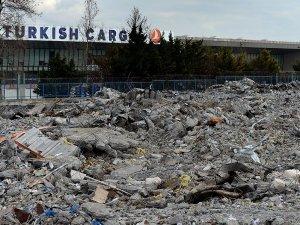 Atatürk Havalimanı Kargo Terminali'nin yıkımı tamamlandı