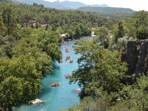 Tabiat parkları ve milli parklara geçen yıl ziyaretçi akını yaşandı