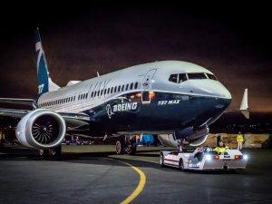 Fitch, Boeing'in kredi notunu düşürdü