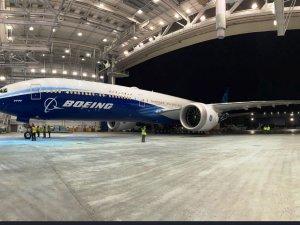 Boeing 777X'in test uçuşu yarın yapılacak