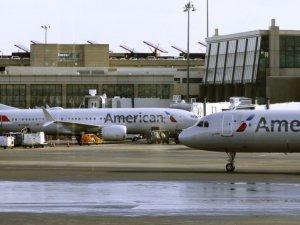 'Kötü koktukları' gerekçesiyle uçaktan indirilen Yahudi çift, ayrımcılık davası açtı