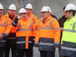 """""""Zigana Tüneli'nde kazı çalışmaları yüzde 65 oranında tamamlandı"""""""
