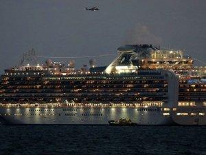 Japonya'da yolcu gemisi koronavirüs karantinasında