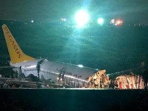 Sabiha Gökçen Havalimanı'nda pistten çıkan uçak üçe bölündü