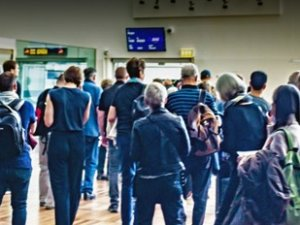 Havalimanında 'koronavirüs' alarmı