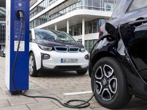 Almanya, elektrikli otomobillere 1,8 milyar avro fon ayırdı