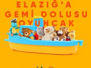 İDO'dan Elazığ'a bir gemi dolusu oyuncak