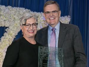 UPS yönetim kurulu, Carol Tome'yi CEO, David Abney'i ise icra kurulu başkanlığına getirdi