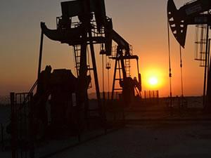 Petrol piyasası çöktü