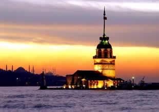 İstanbul'a gelen turist sayısı yükseldi