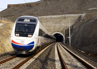 ATSO, hızlı tren için 100 bin imza topladı