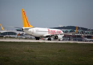 Pegasus uçağı sefer sırasında arızalandı