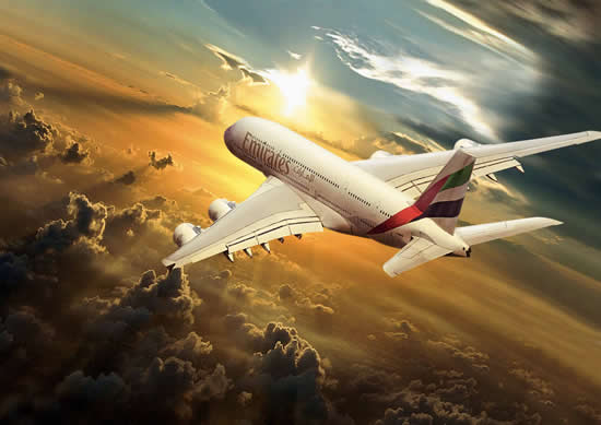 Emirates'ten minik yolculara yol arkadaşı