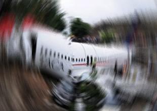 Avusturya'nın batısında çift motorlu uçak düştü