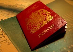 Hızlı pasaport kontrolü sıraları kuruluyor