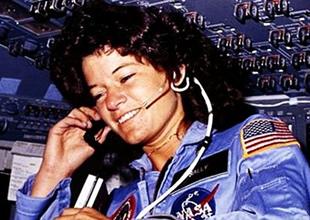 İlk Amerikalı kadın astronot hayatını kaybetti