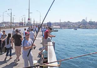 Kıyı balıkçıları: Belediye bize yer göstermeli